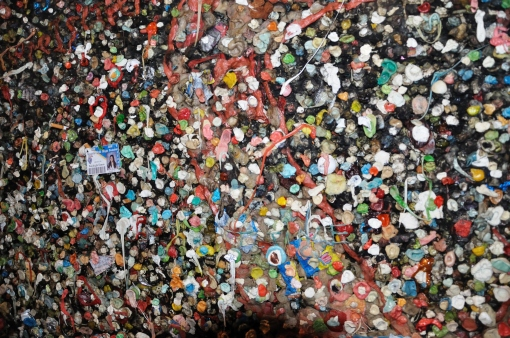 Bubblegum alley in San Luis Obispo. Colourful but gross!