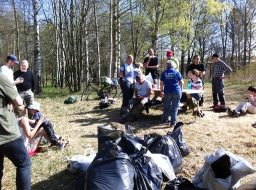 CITO Gävle with some of the participants and rubbish sacks