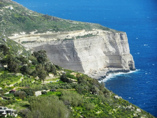 View along the Dingli cliffs