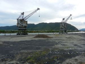 Greymouth harbour inactivity - remains of coal cranes