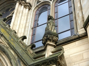 Manchester town hall and weathering of the ornaments