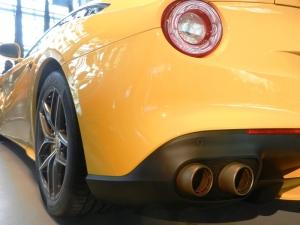 Ferrari F12 Berlinetta - I prefer red though